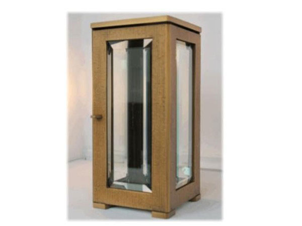 Bronzen-lantaarn-met-facet-geslepen-glas