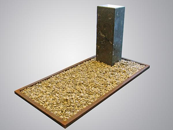 Cortenstaal rand gepolijst grind bruin fossiel zuil
