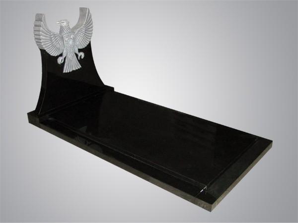 Garuda gehakt uit zwart graniet
